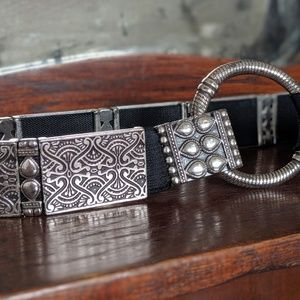 Chico's silver toned metallic belt with stretch